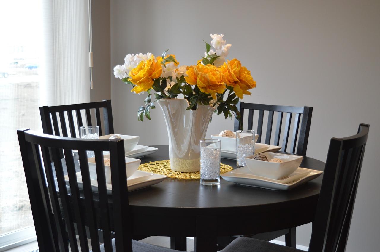Location meublée : le locataire a-t-il le droit de remplacer les meubles?